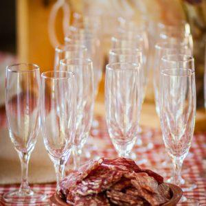 instant champagne et nappe vichy