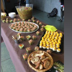 Buffet cuisine maison et produits locaux en ariége et occitanie